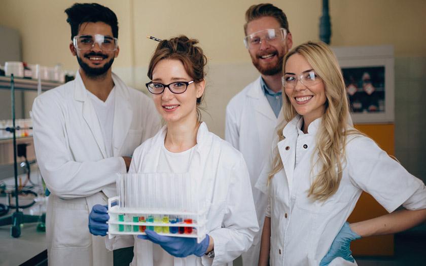 Jonge onderzoekers zonder vast contract hebben ook structurele financiering nodig
